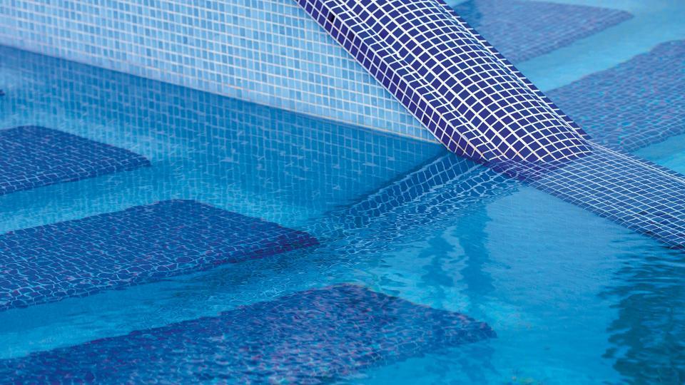 Mosaikfliesen im Pool Sicis