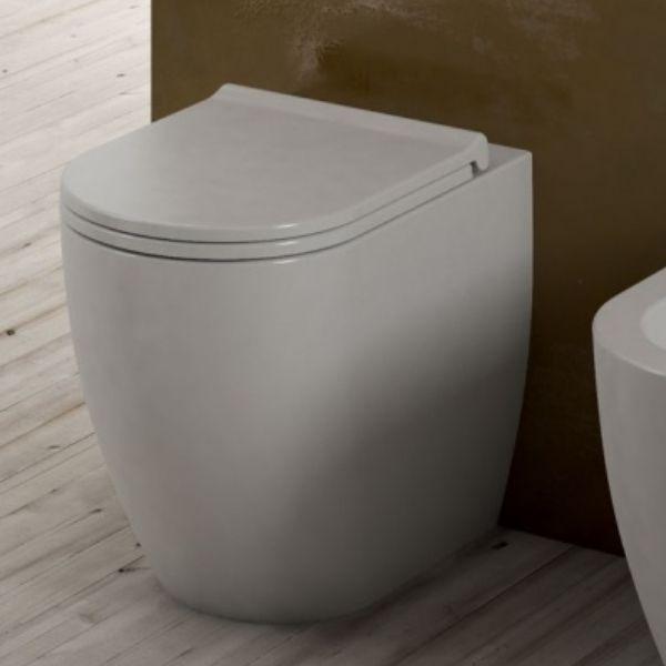 MINI-WC mit Wandablauf
