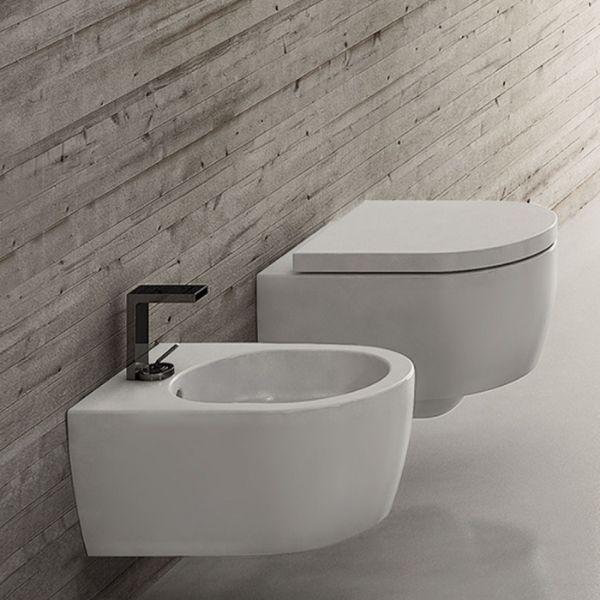 Wandmontiertes MINI-WC randlos