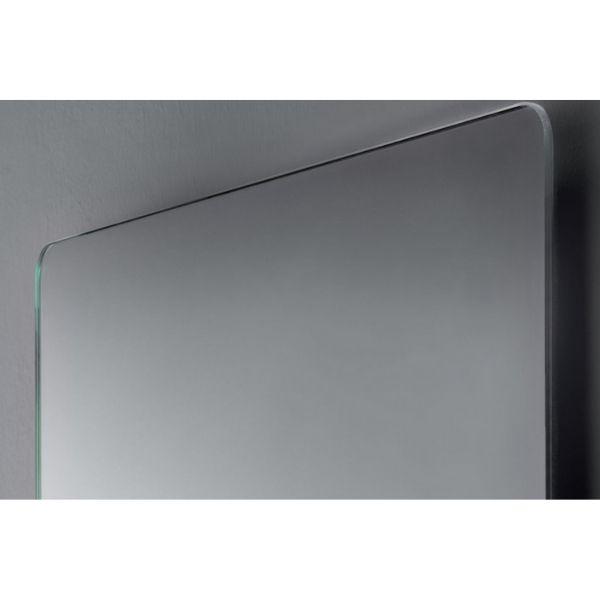 Bestrahlter Spiegel mit geschliffenen Kanten