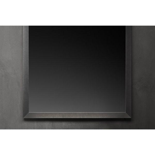 Spiegel mit Stahlrahmen